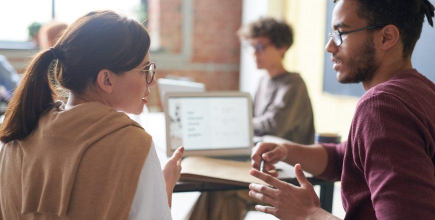 Toxické vzťahy a mobbing na pracovisku